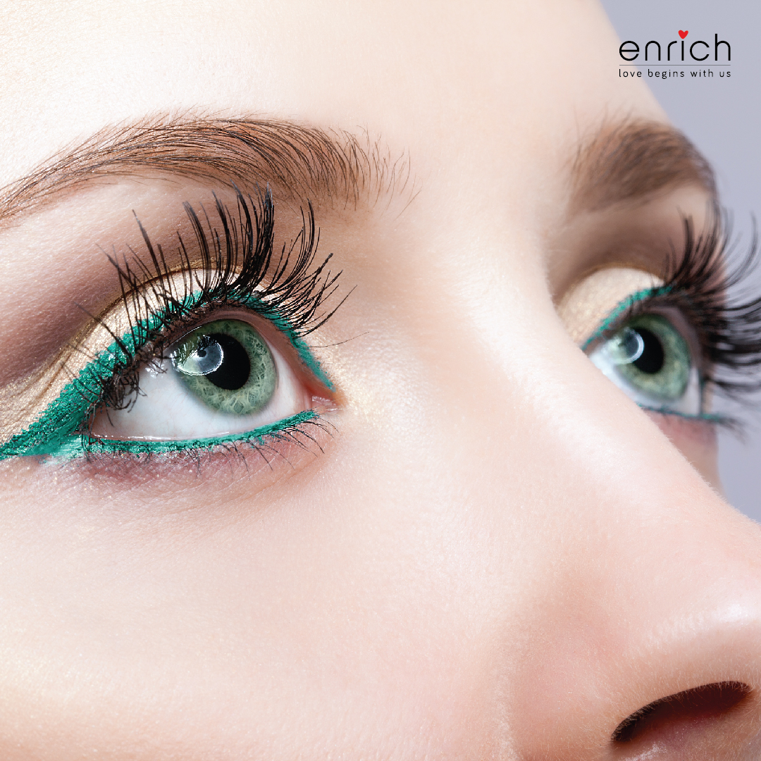 Let your eyes do the talking this season