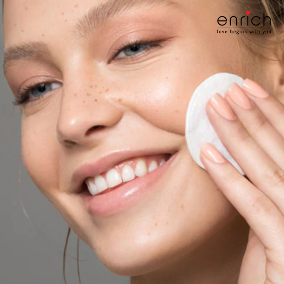 Mirror Skin Is Here: Know All About The Latest K-Beauty Skin Care Trend For Clear Skin